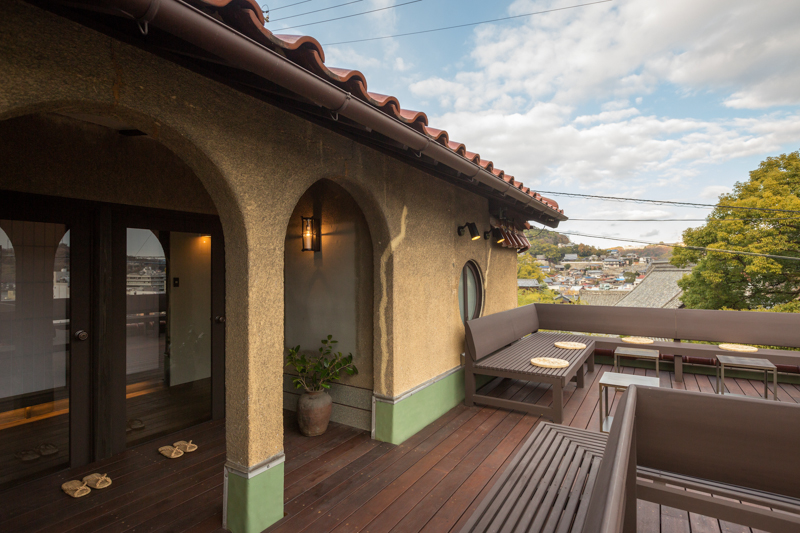 Open terrace for viewing the Onomichi Channel and Onomichi town.