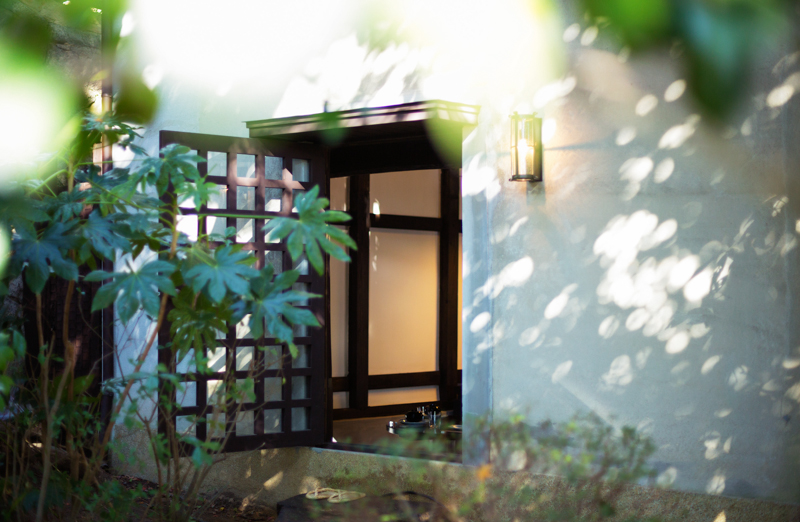 蔵の入り口は玄関として生まれ変わりました